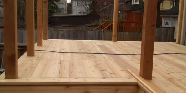 building custom deck toronto 8