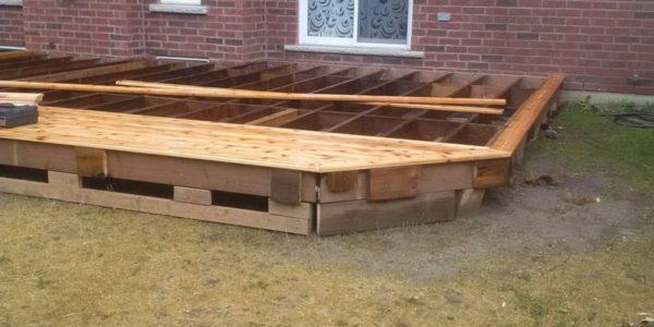 building cedar deck